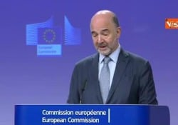 Brexit, Moscovici: «Con  'no deal' controlli dogane anche in Irlanda» La conferenza stampa commissario europeo agli Affari Economici e Finanziari Pierre Moscovici a Bruxelles - Agenzia Vista/Alexander Jakhnagiev