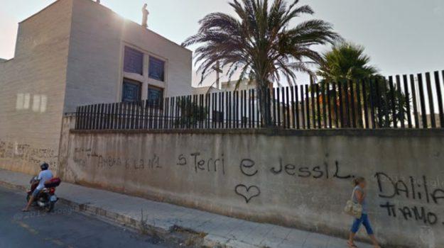 aggressione, chiesa San Filippo Neri, tentato omicidio, Miguel Angel Pertini, Palermo, Cronaca