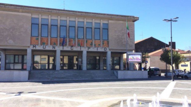 Cgil, Ecolandia, Pedara, Catania, Economia
