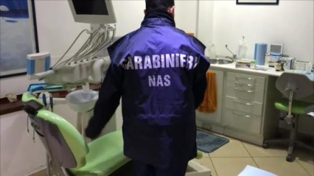 Aragona, falso odontoiatra, Nas, Agrigento, Cronaca
