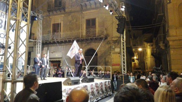 caltanissetta, Di Maio comizio, ELEZIONI COMUNALI, Luigi Di Maio, Caltanissetta, Politica