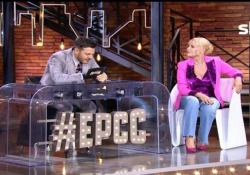 «Fa schiuma ma non è un sapone…», Antonella Clerici e il cruciverbone sulle sue gaffe più celebri  Ospite di «E poi c'è Cattelan», la conduttrice ha raccontato aneddoti e gag della sua fortunata carriera  - Corriere TV