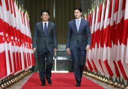 La gaffe di Trudeau: confonde Giappone e Cina davanti ad Abe (per due volte) Il primo ministro canadese Justin Trudeau ha incontrato con il suo omologo giapponese ad Ottawa - CorriereTV