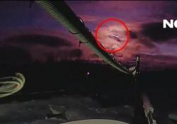 Meteorite caduto in Russia: ritrovati i frammenti  Gli scienziati hanno individuato il luogo dove è caduto - Corriere Tv