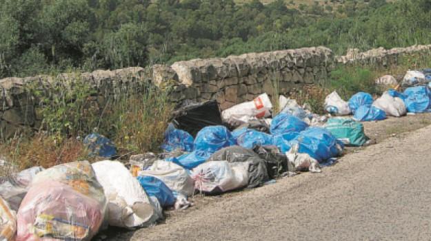 cna, foto trappole, rifiuti, Ragusa, Cronaca