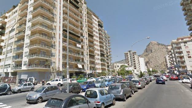 incidente stradale, via Montepellegrino, Palermo, Cronaca