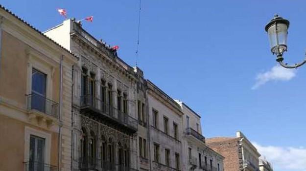 precari, protesta, Teatro Massimo Bellini Catania, Catania, Economia