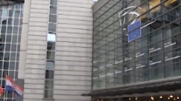 Europee italiani alle urne per eleggere 76 deputati ecco for Numero deputati italiani
