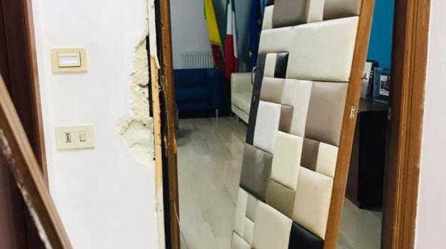 petrosino, raid vandalico, Gaspare Giacalone, Trapani, Cronaca