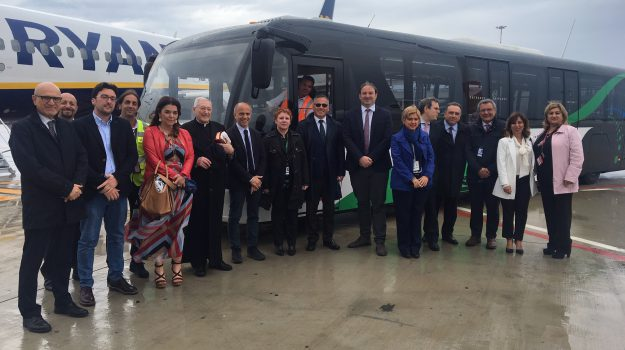 aeroporto palermo, bus interpista, Palermo, Cronaca