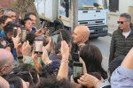 Santa Croce, bagno di folla per il Commissario Montalbano