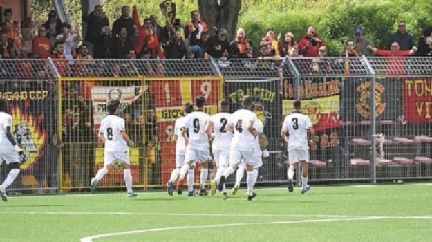 Calcio, play out, Messina, Calcio
