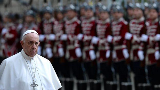 bulgaria, migranti, papa, Papa Francesco, Sicilia, Mondo