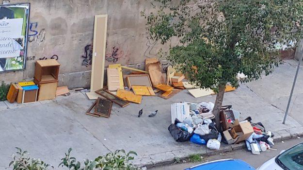rifiuti, VIGILI URBANI, Leoluca Orlando, Palermo, Cronaca