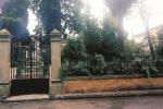 Serradifalco, abbandono e degrado nella villetta comunale