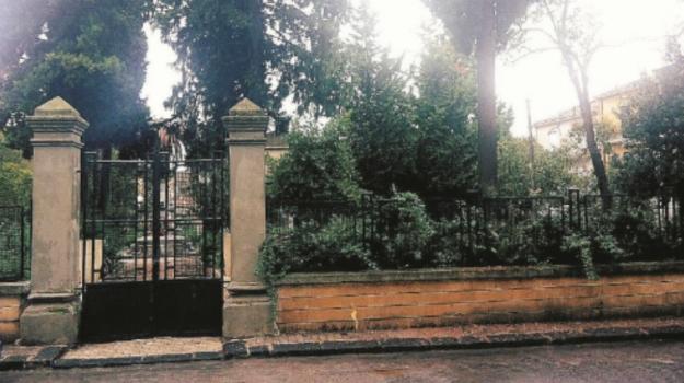 rifiuti, serradifalco, vandalismo, Villetta di Piazza Umberto, Caltanissetta, Cronaca