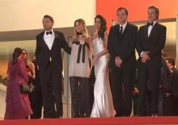 Cannes, Croisette in delirio per Pitt e e Di Caprio Sul red carpet hanno sfilato le due star del nuovo film di Tarantino - LaPresse
