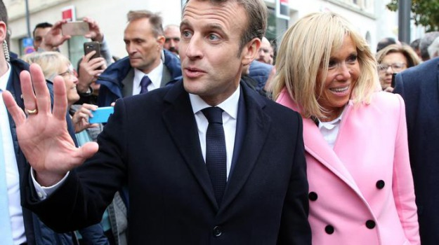 francia, parigi, Emmanuel Macron, Sicilia, Mondo