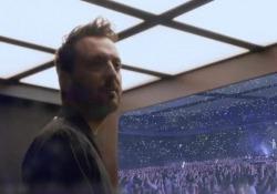 Cesare Cremonini torna in tour negli stadi da maggio 2020, tra le date anche San Siro e Olimpico  Il tour partirà a fine maggio 2020 da Lignano Sabbiadoro e toccherà tutti gli stadi più importanti - Corriere Tv