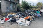 Emergenza rifiuti ad Augusta: discariche abusive lungo la 114 verso Catania