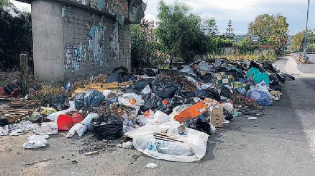 emergenza rifiuti augusta, Siracusa, Cronaca