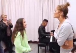 La figlia 11enne di Jennifer Lopez canta Alicia Keys e incanta Una voce impressionante quella di Emmie, 11 anni - LaPresse