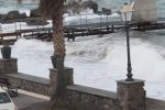 Maltempo alle Eolie, mare mosso e forte vento: fermi aliscafi e navi