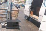 Rifiuti abbandonati per strada, multati in ventidue a Messina