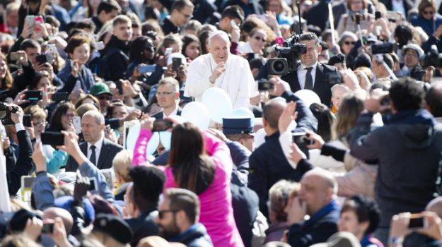 1° maggio, LAVORO, Papa Francesco, Sicilia, Mondo