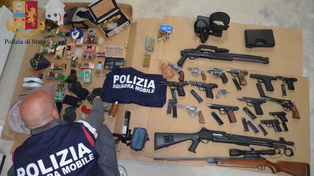 armi, arsenale, Vittoria, Ragusa, Cronaca