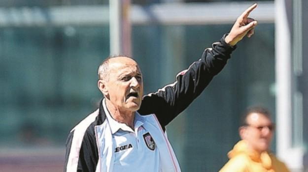 palermo calcio, Palermo in serie B, Beppe Iachini, Delio Rossi, Salvatore Tuttolomondo, Palermo, Calcio