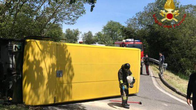incidente scuolabus, Sicilia, Cronaca