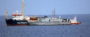 La nave Sea Watch sequestrata