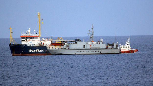 guardia di finanza, migranti, Sea Watch, Agrigento, Cronaca