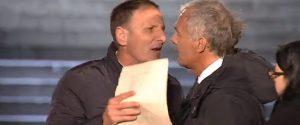 Un momento della lite fra il sindaco Salvatore Giardina e Massimo Giletti, durante una puntata di
