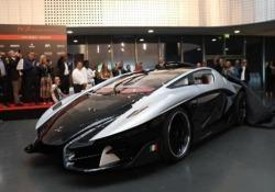 Torino, presentata la supercar Hybrid Asfanè di Frangivento Evento al Museo Nazionale dell'Automobile - CorriereTV