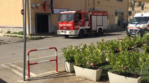 agenzia delle entrate, incendio, Palermo, Cronaca