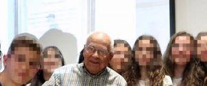 """A 98 anni prende la licenza media, nonno Felicino promosso a pieni voti: """"Era il mio sogno"""""""