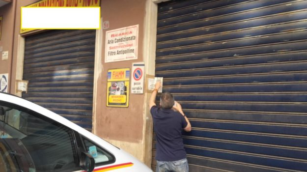 autorimessa, officine meccaniche, sequestri, Palermo, Cronaca