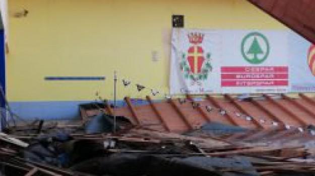 complesso cappuccini, crollo tetto piscina, messina, Messina, Cronaca