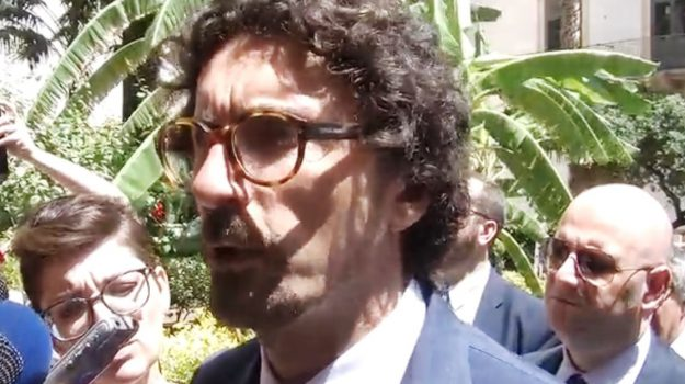 infrastrutture sicilia, Danilo Toninelli, Caltanissetta, Economia