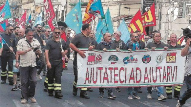 pompieri, protesta, vigili del fuoco, Catania, Cronaca