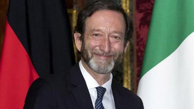 ambasciatore tedesco, Un caffè con l'ambasciatore, Viktor Elbling, Sicilia, Politica