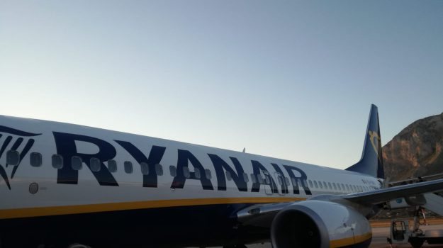 aeroporto punta raisi, ryanair, volo palermo-roma, Palermo, Cronaca