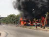 Autobus in fiamme vicino alle Porte di Catania, paura tra i passeggeri: il video