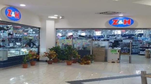 bancarotta, centri commerciali, cinesi, sequestro, Palermo, Cronaca