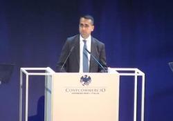 Di Maio: «L'IVA non aumenterà» Il ministro dello Sviluppo Economico all'assemblea di Confcommercio: