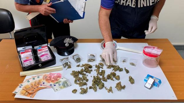 arresto, droga, Vittoria, Ragusa, Cronaca