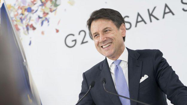 flat tax, governo, Giuseppe Conte, Sicilia, Politica
