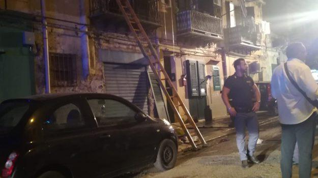 incendio palermo, Via Altarello, Benito Rotolo, Palermo, Cronaca